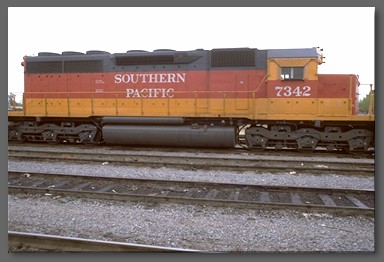 Daylight painted Southern Pacific SD40